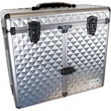 GroomX Deluxe Portable Storage Case silver geometric design