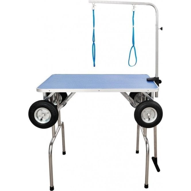 Groomers Portable Table With Wheels. U2039